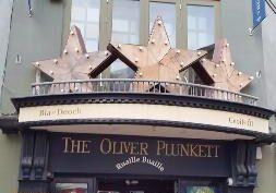 frisky-whiskey-the-oliver-plunkett